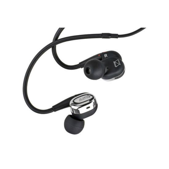 AKG N40 Audiofil fülhallgató, fekete